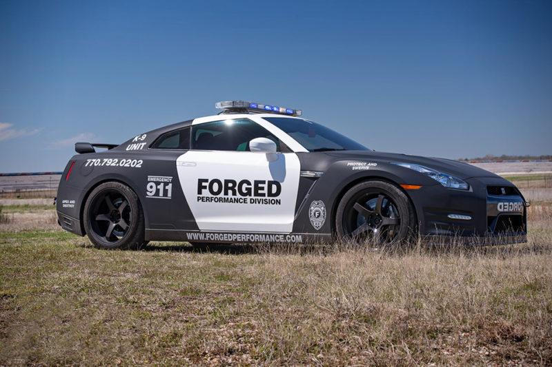 Nissan-GT-R-Police-Car-1