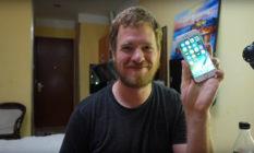 Muž postavil iPhone z čínských náhradních dílů